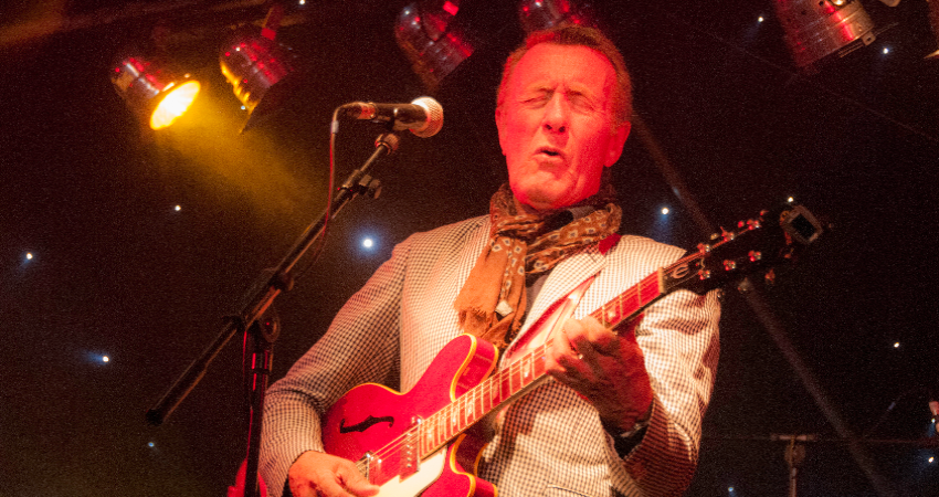 HAMISH STUART BAND WITH SPECIAL GUEST MOLLY DUNCAN