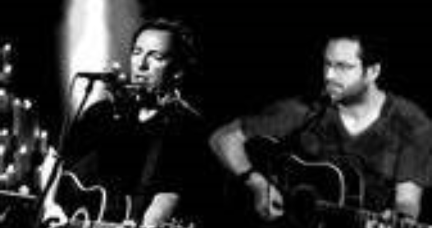 Tom Brooksby, acoustic Springsteen