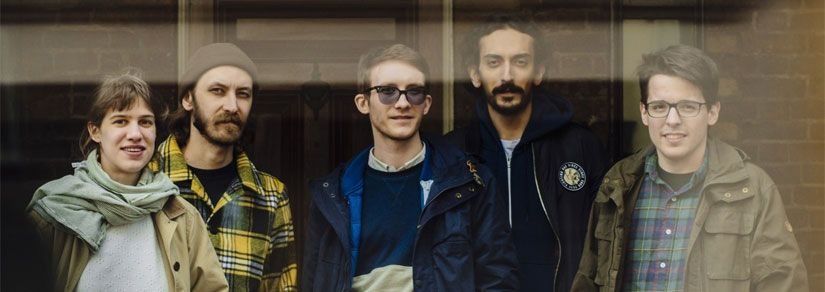 Pinkshinyultrablast | Russian group to tour this May